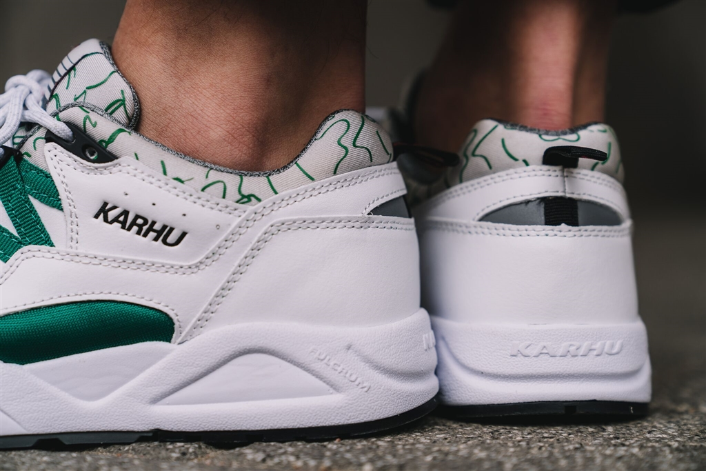 "Karhu Fusion 2.0 ""OG"" White/Ultramarine Green 6"
