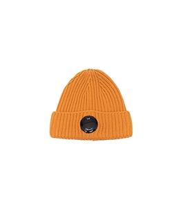C.P. COMPANY - Cappelli - extra fine merino wool beanie desert sun