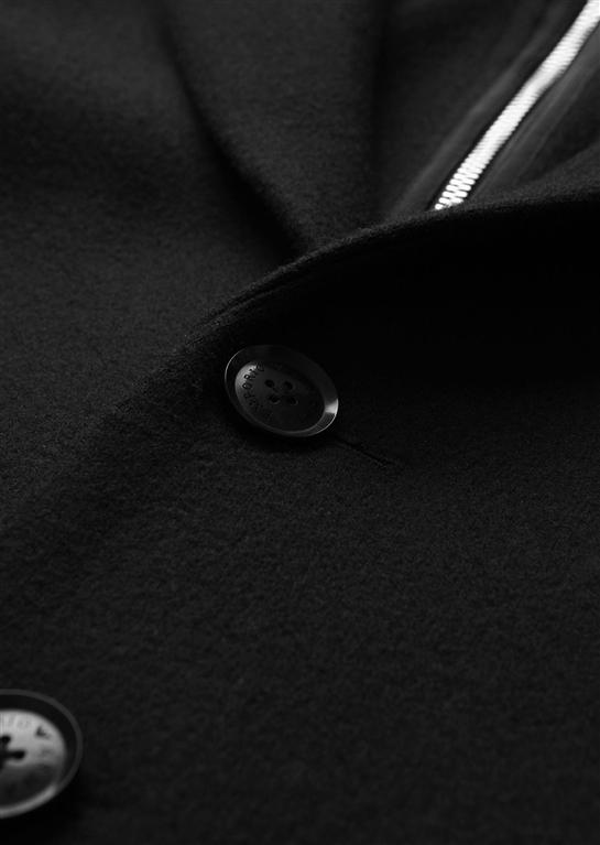 Emporio Armani - Giubbotti - cappotto in panno tecnico con cappuccio, pettorina con zip e polsini nero 1