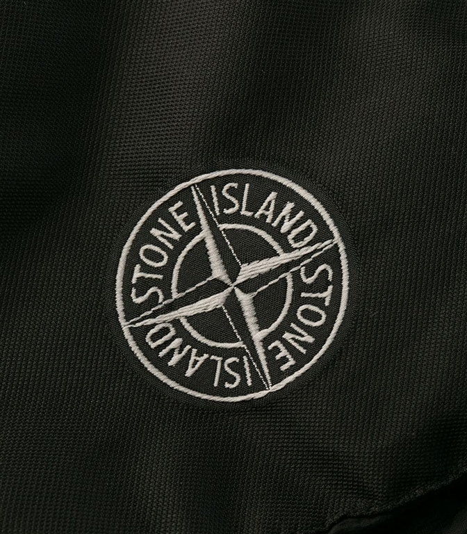 Stone Island - Giubbotti - garment dyed crinkle reps ny down nero 1