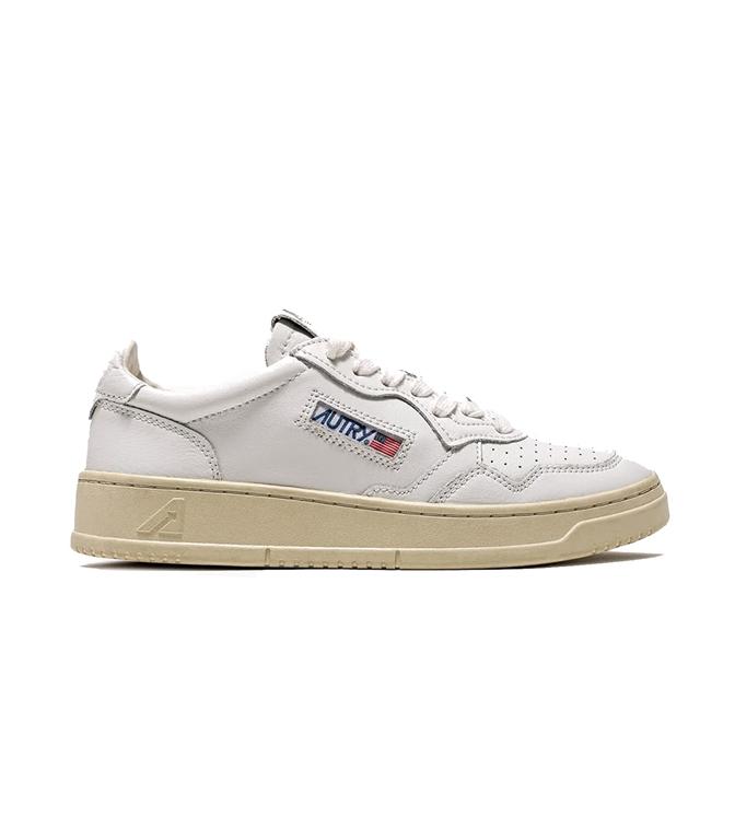 Autry - Scarpe - Sneakers - SNEAKERS MEDALIST LOW IN PELLE BIANCO