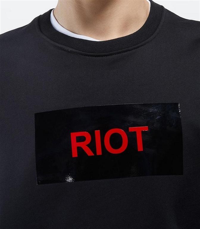N°21 - Felpe - felpa girocollo con stampa riot nero 1