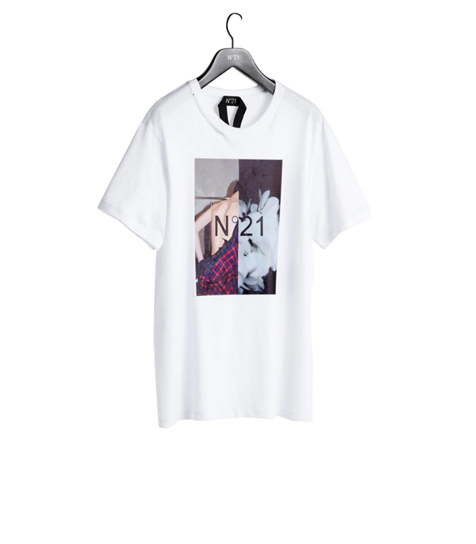 N°21 - T-Shirt - T-SHIRT CON GIROCOLLO E STAMPA FOTOGRAFICA BIANCA